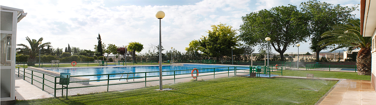Piscina municipal villa de lecera for Piscina municipal zaragoza